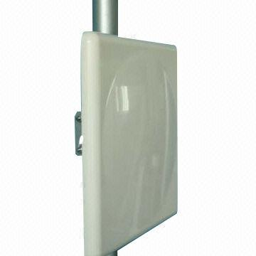 JCW- 2400-18 Directional Panel Antenna
